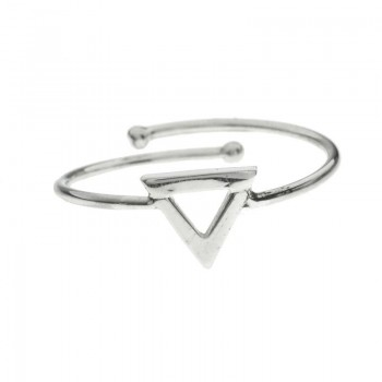 Anillo triangulo ajustable...