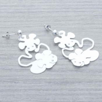 Pendientes triple flor...