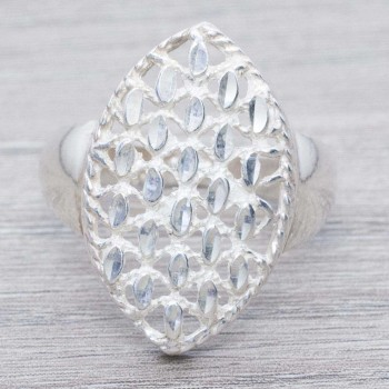 Anillo oval diamantado...